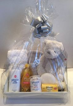 Baby Gift Basket Unisex Baby Hamper Baby Shower Gift New Born Baby Neutral  | eBay