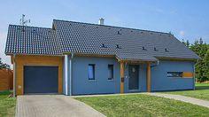Stavba vychází z typového domu Largo z nabídky společnosti RD Rýmařov, ale výsledná podoba domu vznikla úpravou původního projektu dle individuálních požadavků a potřeb stavebníka.