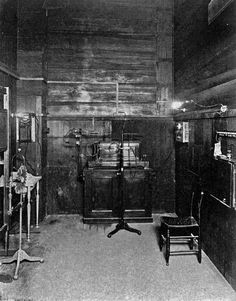 Xray room at Charity Hospital 1906