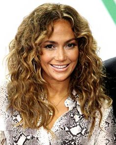 curly hair images | ... 42-year-old singer actress wow'd photographers with her cute new hair