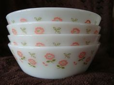 Hey, I found this really awesome Etsy listing at https://www.etsy.com/listing/197381546/free-shipping-pyrex-jaj-small-bowls