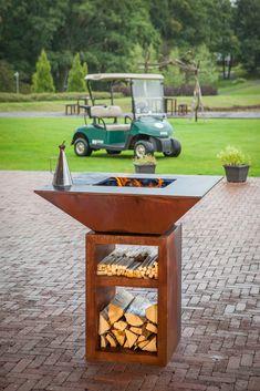 Fire Pit Bbq, Fire Pit Backyard, Backyard Patio, Chiminea, Door Gate Design, Garden Design, House Design, Outside Furniture, Fire Pit Designs