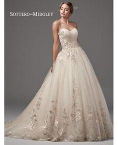 robe de mariage tulle princesse col en coeur