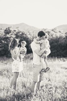 Fine Art portrait photography | maternity | family | love | Denver | Colorado 🌲