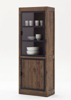 Vitrine Landhausstil Finca Massivholz Antik 9290. Buy now at https://www.moebel-wohnbar.de/vitrine-landhausstil-finca-landhausmoebel-massiv-holz-antik-9290