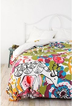 Woodland Garden Duvet from Urban Outfitters. Learn how making your bed can make you happier at home @BrightNest Blog