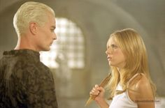 Buffy the Vampire Slayer - Publicity still of James Marsters & Sarah Michelle Gellar
