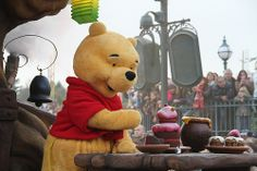 #Disneyland Paris. Winnie the Pooh in the Parade Cavalcade trough Fantasyland #DLP #DLRP #Disney