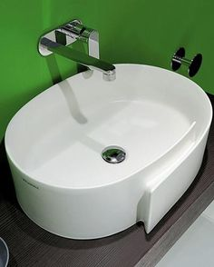FLAMINIA 56 BENCH BASIN WITH CENTER DRAIN SERIES ROLL