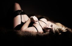 Boudoir Photography to Build Confidence. A Fun, Empowering Experience with Female Photographer in Lovely, Private Countryside Studio. All Sizes & Ages. Boudoir Photos, Boudoir Photography, Best Christmas Presents, Glamour Photo, Bridal Boudoir, Female Photographers, Female Poses, Real Women, Photo Studio