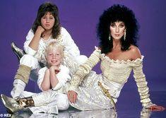 Cher con sus hijos Chastity y Elijah