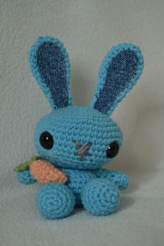 Onnen ommel: Virkkausohje - pupu Hobbies And Crafts, Diy For Kids, Tweety, Kids Toys, Knit Crochet, Projects To Try, Presents, Diy Crafts, Stitch