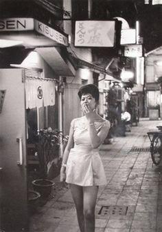 Tokyo, 1952, Mario de Biasi. Italian, born in 1923