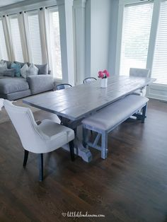 DIY Farmhouse Table in a Weekend - little blonde mom Build A Farmhouse Table, Farmhouse Interior, Farmhouse Decor, Tiny House Plans, Beautiful Living Rooms, Home Decor Furniture, Furniture Ideas, Do It Yourself Home, Luxury Interior Design