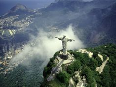 World Youth Day 2013-Rio.    WE. OUT.  By the grace of the almight G-d, I will go.    bachmann-bill-christ-statue-rio-de-janeiro-brazil.jpg (400×300)
