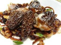 When my husband and I attended the Brewer's Plate earlier this year my hands-down favourite thing was a morel dish that I've been thinking about ever since. I've been waiting for morels to be available at the farmers' Edible Mushrooms, Stuffed Mushrooms, Wild Mushrooms, Eat Seasonal, Greens Recipe, Food Waste, Mushroom Recipes, Vegetarian Recipes, Yummy Recipes