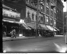 Yonge Street predates confederation by of a century. Here are some great Vintage Yonge Street pics from that show the changes. Hidden Art, Yonge Street, Toronto Ontario Canada, Canada Eh, Model Trains, Old Photos, Past, Scenery, Street View
