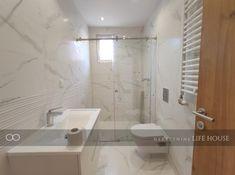 Kuća na Banovom brdu - Nekretnine Life House Real Estate Agency, Alcove, Bathtub, House, Life, Standing Bath, Bath Tub, Real Estate Office, Tubs