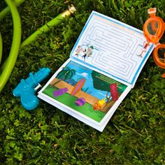 Summer vacation can be long and boring without enough things to keep young inventors and explorers busy. Your little Phineas and Ferb fan will never be bored with this jam-packed activity book. Disney Diy, Disney Crafts, Disney Trips, Disney Stuff, Disney Magic, Printable Activities For Kids, Book Activities, Activity Books, Therapy Activities