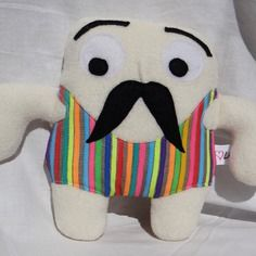 Moustache - retour dans les années 90