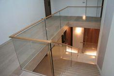 Glass handrail system