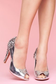 be still, my heart.  You know those spikes fall off, but YEESH what a gorgeous shoe!