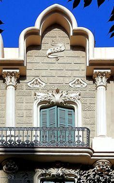 Cases Rarimi Gènova  1906  Architect: Josep Graner i Prat