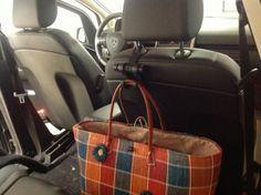 Idée cadeau insolite fête des mères : porte sac de voiture