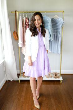 Six Ways to Wear a White Blazer White Blazer Outfits, Blazer Outfits For Women, Summer Outfits Women, Casual Fall Outfits, Modest Outfits, Casual Dresses, Cute Outfits, Dress Outfits, Clothes For Women In 20's