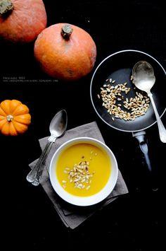Kulinarne podróże: Zupa dyniowa z imbirem i czosnkiem.