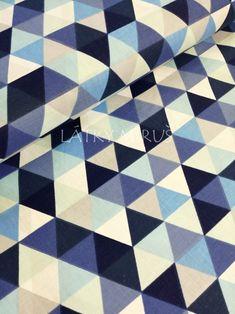 č.3895 trojúhelník modré Quilts, Blanket, Comforters, Blankets, Quilt Sets, Shag Rug, Patchwork Quilting, Comforter, Lap Quilts