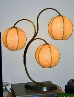 50's Majestic Lamp...fiberglass pod shades