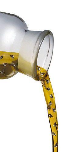 Goldmassage Ganzkörper  Ich habe schon vor 12 Jahren die Goldmassage entwickelt in dem Begehren meinen Kunden etwas Einmaliges und Einzigartiges zu bieten.  Was bedeutet Goldmassage ?  Eine Massage bei der Massageöl (Kokosöl oder Mandelöl) mit Goldpartikeln (24-Karat, bedeutet reines Gold) verwendet wird.   Dauer: ca. 60 min.