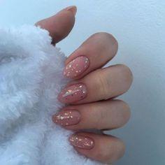 Simple Wedding Nails, Simple Nails, Minimalist Nails, Minimalist Fashion, Nude Nails, Pink Nails, Fancy Nails, Short Almond Nails, Natural Almond Nails