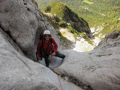 Grieslehnrinne - Hohe Munde | Bergsteigen.com Mountain Range, Mountain Climbing, Climbing, Hiking