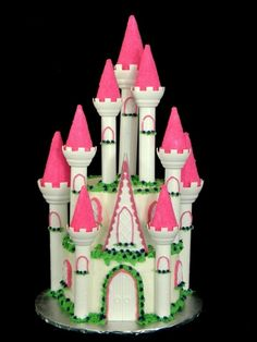 Princess Castle Cake@Suzanne Miller....can you do this for August in NC? LOL