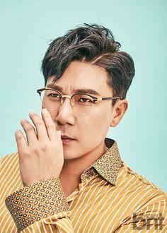 """이상민 """"빚 69억 8천만원…2년 내 청산 후 직접 알릴 것"""" [화보] : 스포츠조선 Men's Hairstyle, Photo Reference, Asian Actors, Hair Beauty, Singer, Mens Fashion, Hair Styles, Face, Outfits"""