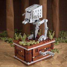 Explore Endor, Jakku and Hoth driving one these brilliant motion sculptures - - Lego stuff - Lego Robot, Lego Mecha, Lego Design, Lego Star Wars, Star Trek, Legos, Construction Lego, Box Container, Lego Sculptures
