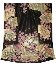 Sakura and Gold Fan Kimono Japanese Fabric, Japanese Kimono, Japanese Fashion, Traditional Looks, Traditional Dresses, Kimono Design, Nippon, Kimono Fabric, Silk Ribbon Embroidery