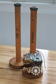 antique spool holders for jewelry....good use for some of my old spools. why have I never thought of this before???