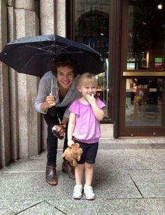 Harry Styles and a little fan