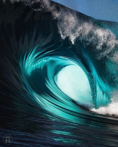 Surfing holidays is a surfing vlog with instructional surf videos, fails and big waves Ocean Pictures, Nature Pictures, Big Waves, Ocean Waves, Waves Photography, Nature Photography, Wallpapers En Hd, Ocean Wallpaper, Wave Art