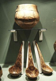 fa65a4f04e5c cucuteni trypillian spoons Romania Stone Age, Ancient History, Culture,  Minoan, Eastern Europe