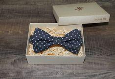 Navy blue polka dot bow tie Polka Dot Bow Tie, Blue Polka Dots, Bow Ties, Blues, Navy Blue, Unisex, Bowties, Blue Dots, Navy
