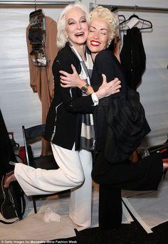 Carmen DellOrefice werd aangesloten op beide shows door 51-jarige Amerikaanse actrice en model Carol Alt - Samen hebben ze een gecombineerde leeftijd van 133 jaar had