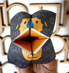 Roaring lion cootie catcher template - Moodkids