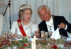 Queen Elizabeth, wearing the kokoshnic, seated with Richard von Weizsacker. Royal Jewels, Crown Royal, Elisabeth Ii, House Of Windsor, Queen Elizabeth Ii, British Royals, Videos, Royalty, Lady