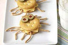 Crab Cracker Critter Recipe Just A Pinch Recipes, Tis the Season: August Things You Didn't Know About Animal Crackers. Read More A. Crab Party, Kids Food Crafts, Kids New Years Eve, Shark Cookies, Chicken Lo Mein, Easter Snacks, Food Humor, Funny Food, Pinch Recipe
