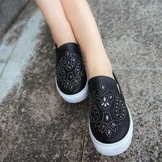b2022a640ee09 51 Best WOMENS EDGY SNEAKERS images