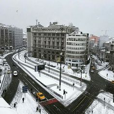 Karaköy Rıhtım caddesi Istanbul Foto Mustafa Seven